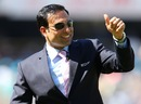 VVS Laxman acknowledges the crowd in his hometown, India v Australia, 2nd Test, Hyderabad, 2nd day, March 3, 2013