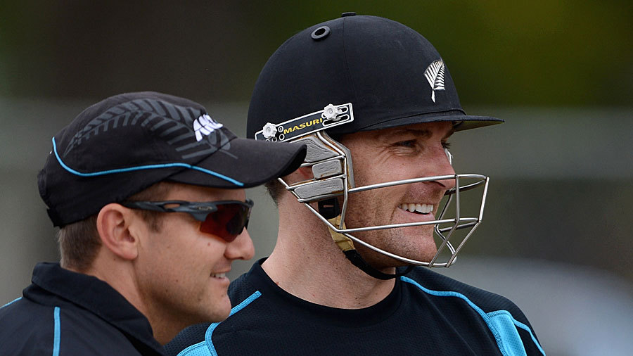 Mike Hesson with Brendon McCullum at the nets