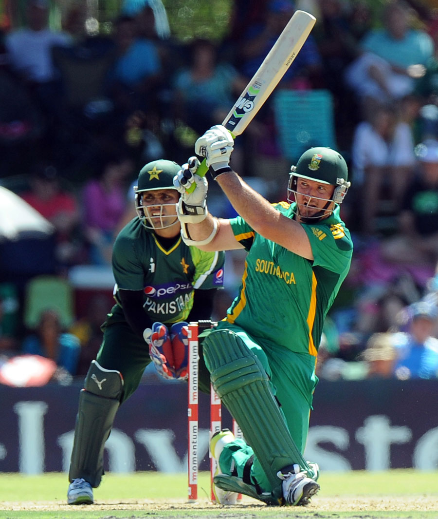 Graeme Smith swats the ball away to the leg side