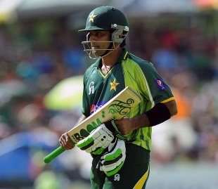 Mohammad Hafeez leaves the field after being run out, South Africa v Pakistan, 1st ODI, Bloemfontein, March 10, 2013
