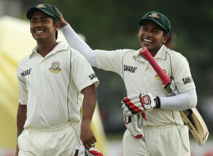 Mohammad Ashraful and Mushfiqur Rahim savour their marathon stand, Sri Lanka v Bangladesh, 1st Test, Day 3, Galle, March 10, 2013