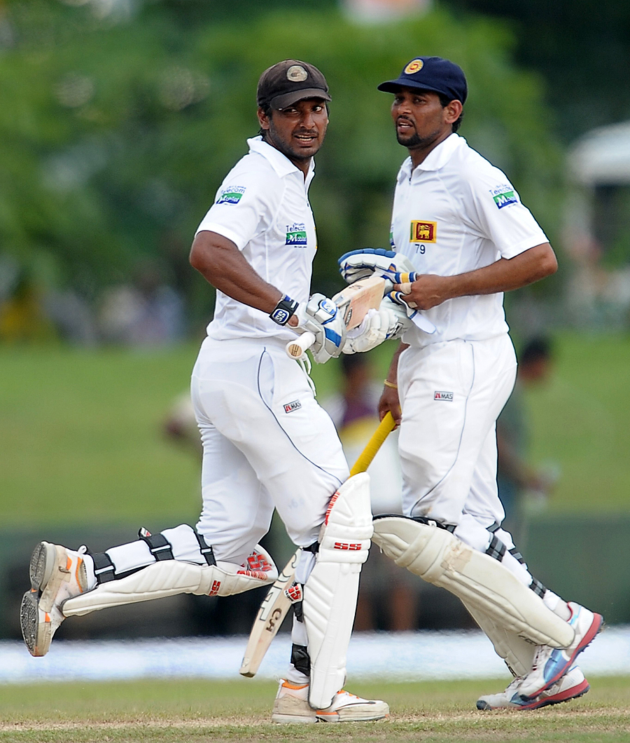 Kumar Sangakkara and Tillakaratne Dilshan batted solidly in the final session