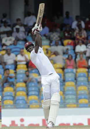 Darren Sammy lofts down the ground, West Indies v Zimbabwe, 1st Test, Barbados, 2nd day, March 13, 2013