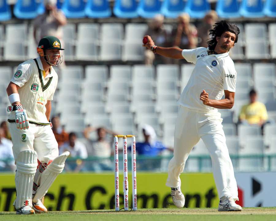 Ishant Sharma in his bowling stride