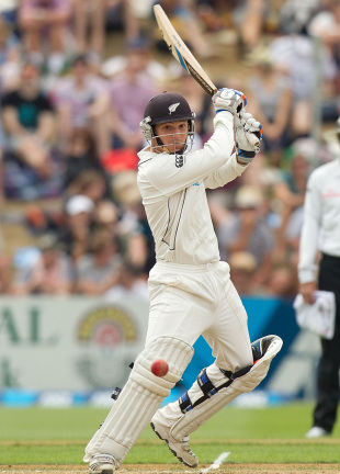 BJ Watling hits through the off side, New Zealand v England, 2nd Test, Wellington, 3rd day, March 16, 2013
