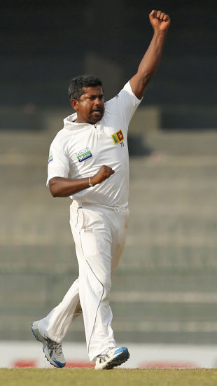 Rangana Herath celebrates after dismissing Nasir Hossain, Sri Lanka v Bangladesh, 2nd Test, 1st day, Colombo, March 16, 2013