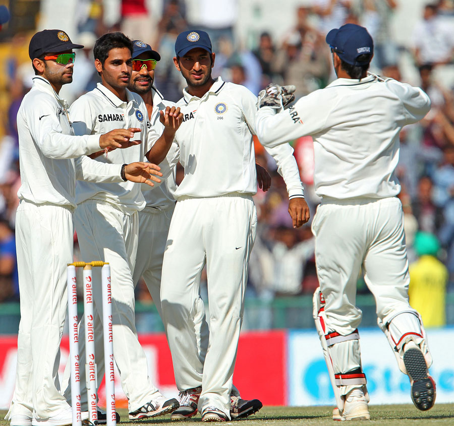 India get together after a wicket