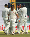 David Warner walks off after being dismissed by Ravindra Jadeja