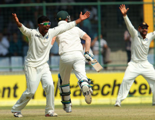 Ravindra Jadeja appeals for a wicket, India v Australia, 4th Test, Delhi, 3rd day, March 24, 2013