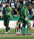 Junaid Khan bowled Quinton de Kock early in South Africa's chase