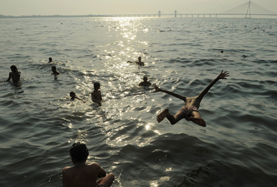 Youngsters cool off in the sea