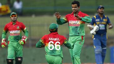 Abdur Razzak took five wickets