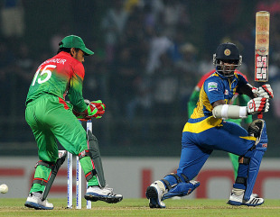 Kusal Perera hammered 64 off 44 as Sri Lanka beat Bangladesh by 17 runs