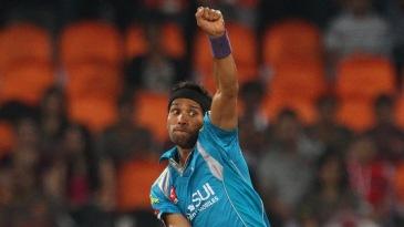 Ashok Dinda in his bowling stride
