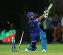 Brad Hodge was bowled by Vinay Kumar in the last over, Rajasthan Royals v Royal Challengers Bangalore, IPL 2013, Jaipur, April 29, 2013