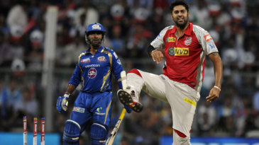 Manpreet Gony celebrates after dismissing Dinesh Karthik