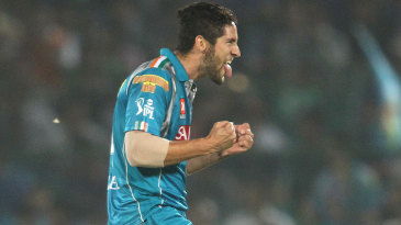 Wayne Parnell celebrates after dismissing Shane Watson