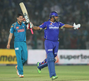 Stuart Binny celebrates after scoring the winning runs, Rajasthan Royals v Pune Warriors, IPL 2013, Jaipur, May 5, 2013