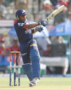 Mahela Jayawardene stood firm as Delhi Daredevils' top order struggled