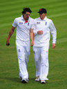 Joe Root has a word with Chris Wright