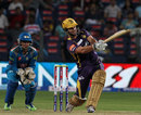 Ryan ten Doeschate struck a useful 31