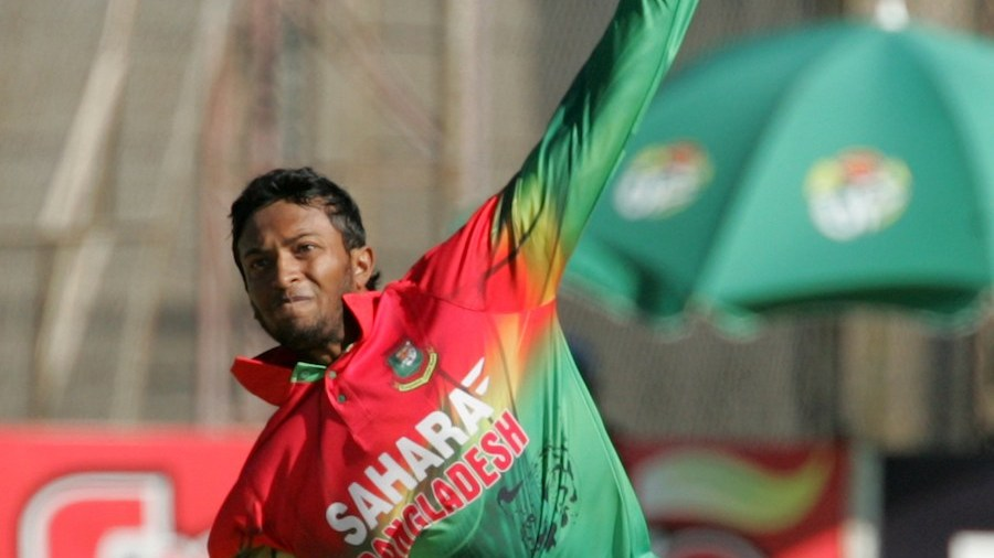Shakib Al Hasan took 2 for 20 in four overs