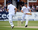 NZ straitjacket England on slow day
