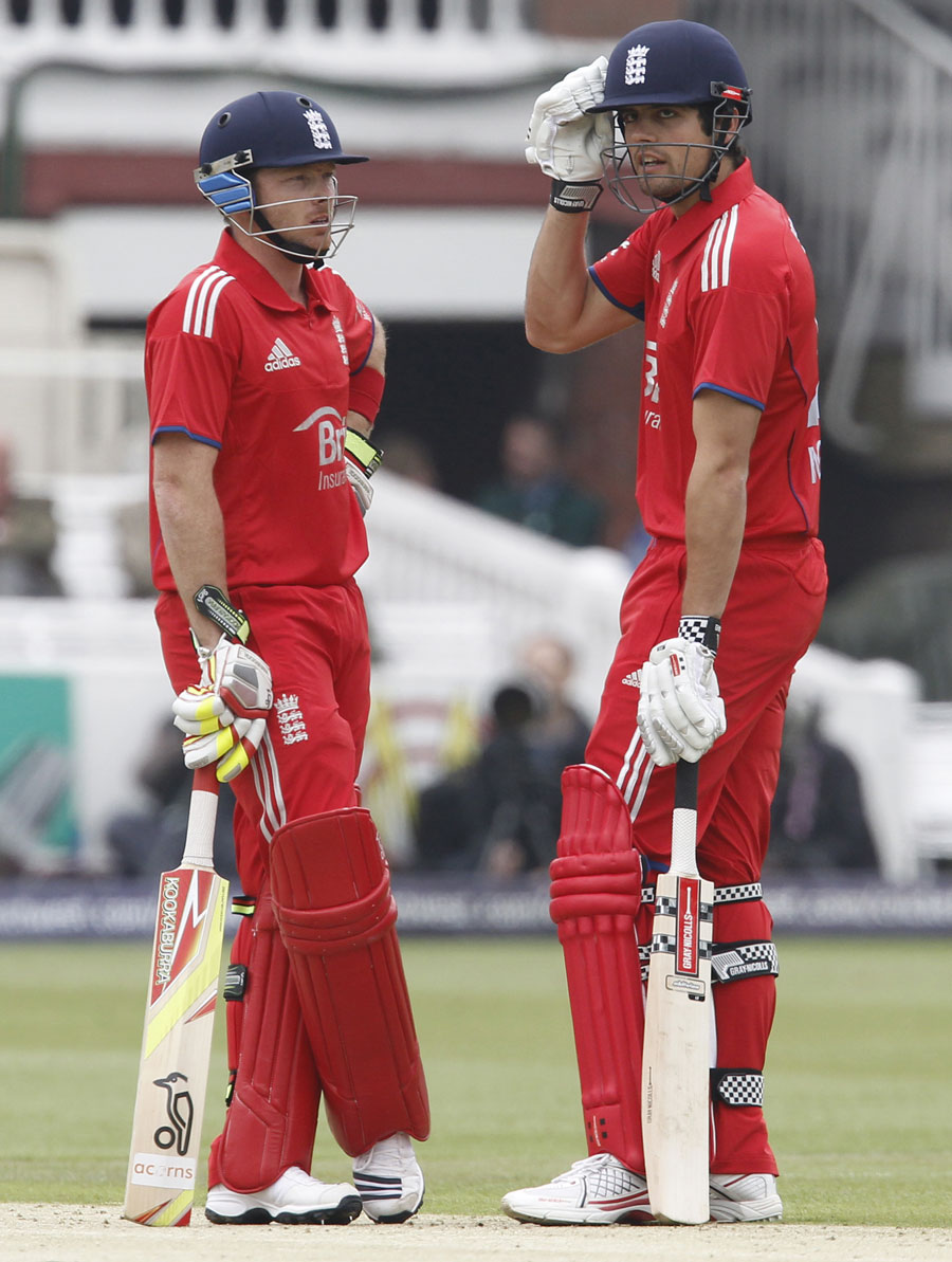 No longer in fashion: Ian Bell and Alastair Cook