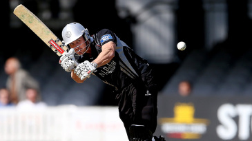 Nick Compton chipped to midwicket for 6