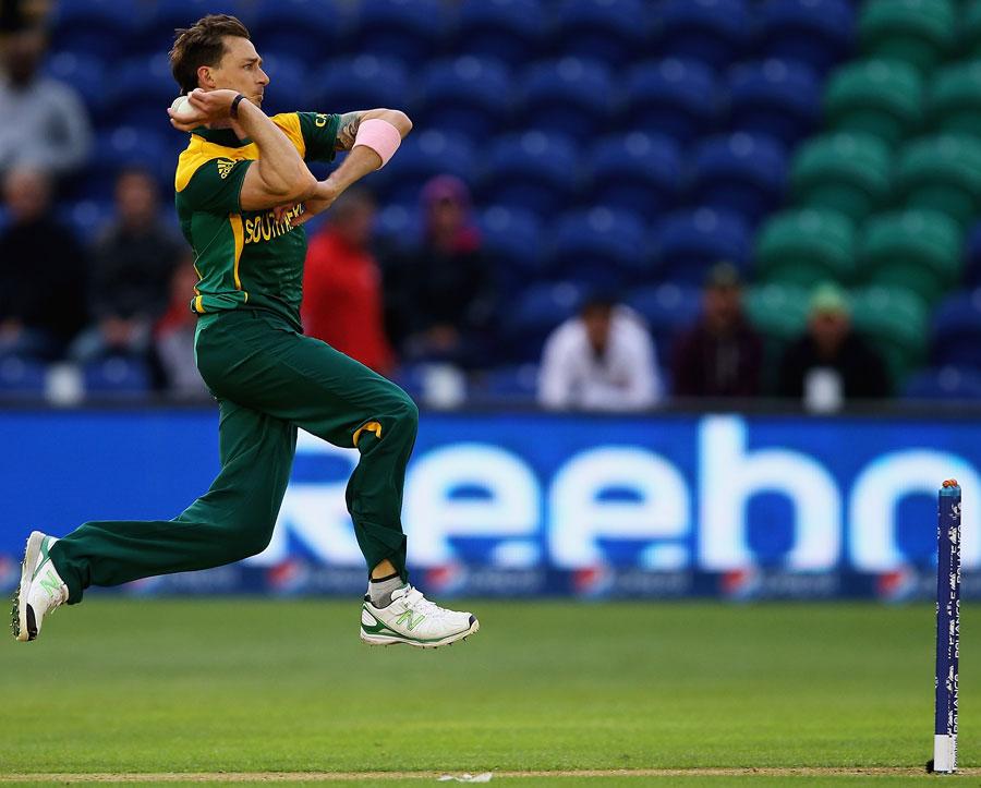 Morne Returns, Steyn Injured – 5th July