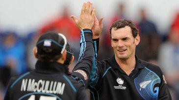 Kyle Mills celebrates a wicket