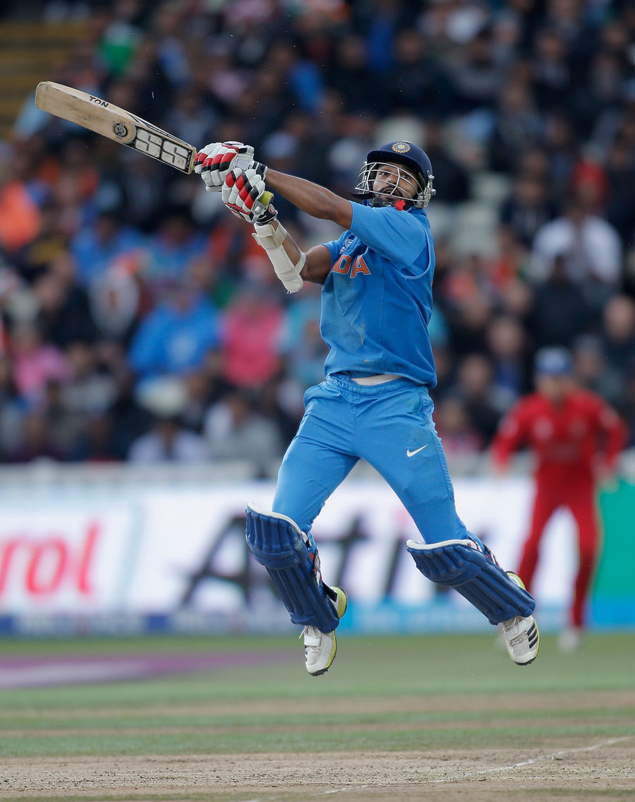 Shikhar Dhawan uppercuts for six, England v India, Champions Trophy final, Edgbaston, June 23, 2013
