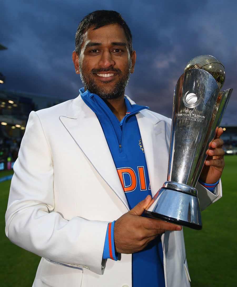 MS Dhoni With The Trophy