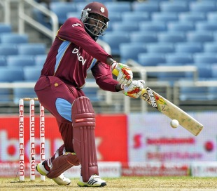 Chris Gayle followed his own modus operandi - dead-bats to hittable deliveries, axe-swings against good ones