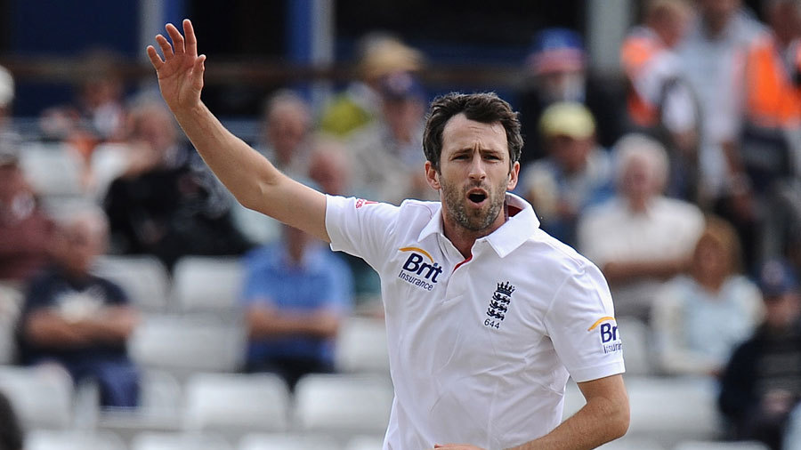 Graham Onions collected four wickets