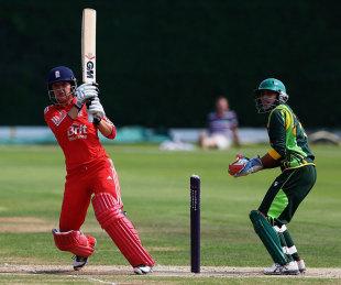 Sarah Taylor pulls the ball to the leg side, England v Pakistan, 1st women's T20, Loughborough, July 5, 2013