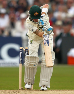 Michael Clarke has his bails trimmed, England v Australia, 1st Investec Test, Trent Bridge, 1st day, July 10, 2013