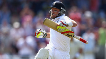 Ian Bell celebrates his magnificent hundred