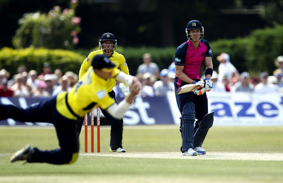 Hampshire's bowling strategy was to stem the flow of runs and force the batsman to make a mistake