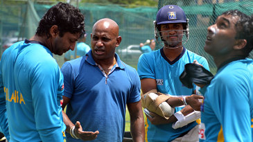 Sanath Jayasuriya talks to Kumar Sangakkara in the company of Mahela Jayawardene and Dinesh Chandimal