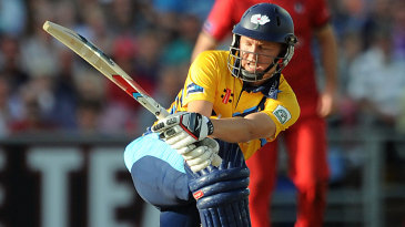 Gary Ballance sweeps in his 28