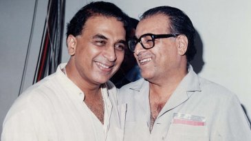 Commentator Munir Hussain with Sunil Gavaskar
