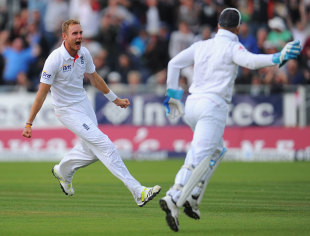 Stuart Broad took six wickets during the evening session as England stormed to a dramatic victory