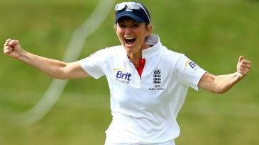 Charlotte Edwards celebrates the run-out of Sarah Elliott