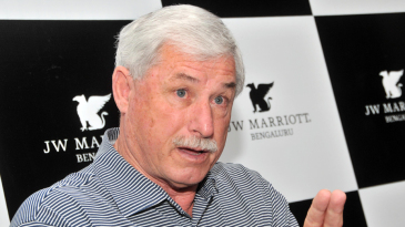 Richard Hadlee chats with the media