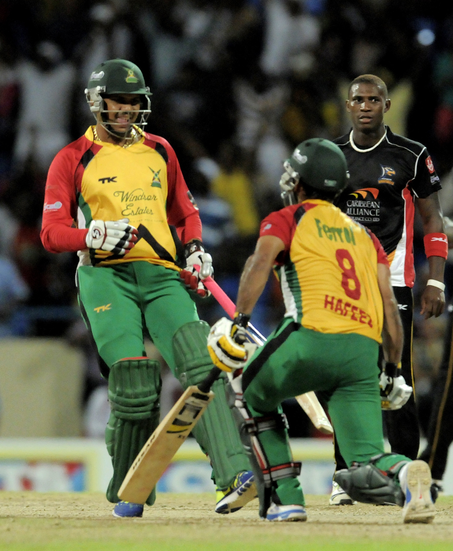 165231 - Hafeez knocks Antigua Hawksbills out