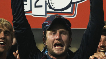 Alex Wakely lifts the Friends Life t20 trophy