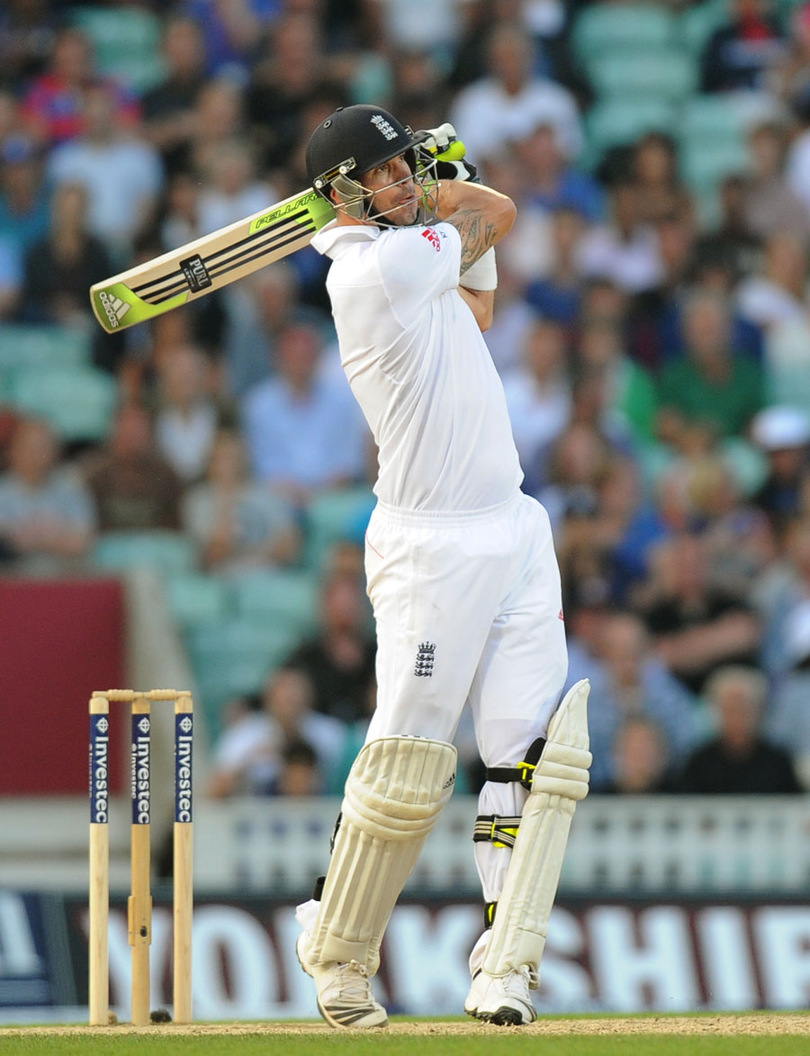 165863 - England Wrap up Ashes Test Series 2013 with 3-0 victory