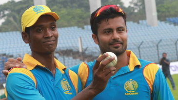 6 + 4 - Al-Amin Hossain and Nabil Samad shared all ten wickets between them