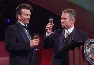 Allan Border proposes a toast to Steve Waugh at the Allan Border Medal, Melbourne, February 12, 2001